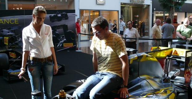 [Excursion] Become a F1 driver by Pirelli