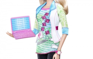 Barbie devient une geekette <3