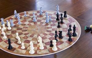 Cadeau geek pour Noël : 3 Man Chess